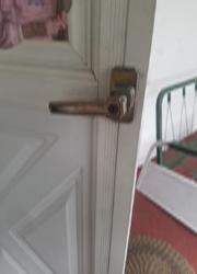 storm door lock repair
