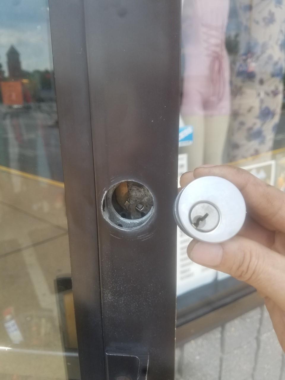 Storefront Lock Repair