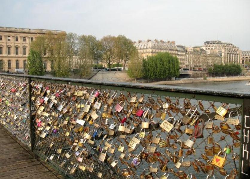 Love Lock Bridge of Paris