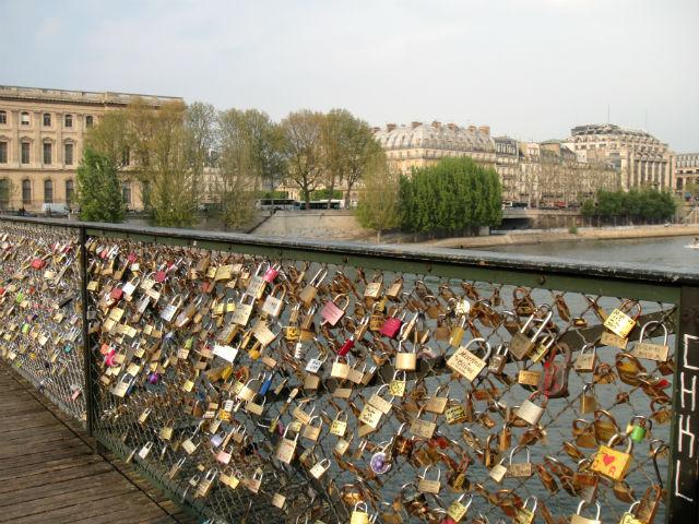 Love Lock Bridge of Paris